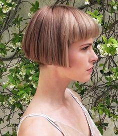 #hairdare #womenshaircuts Simply Hairstyles, Short Wedge Hairstyles, Edgy Short Hair, Bob Hairstyles With Bangs, Bob Haircut With Bangs, Baby Girl Hairstyles, Short Bob Haircuts, Haircut And Color, Short Hairstyles For Women