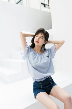Suzy (수지) is a South Korean actress and solo singer under Management SOOP. Suzy debuted as a member of MissA in March 2010 under JYP En. Kpop Girl Groups, Kpop Girls, Miss A Suzy, Ulzzang, Bae Suzy, Korean Celebrities, Korean Actresses, Beautiful Asian Girls, Asian Fashion
