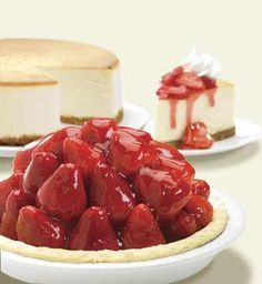 Strawberry Glazed Pie is listed (or ranked) 2 on the list Marie Callender's Recipes Strawberry Pie Glaze, Fresh Strawberry Pie, Strawberry Recipes, Köstliche Desserts, Delicious Desserts, Dessert Recipes, Yummy Food, Raspberry Desserts, Yummy Yummy