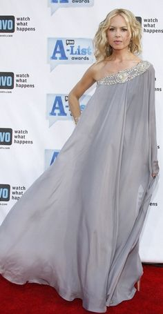 Rachel Zoe.  This dress is awesome.  I wonder how it'd look like on a short, chubby Asian girl.