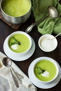 Asparagus, Green Garlic and Leek Soup... Best recipes omg!