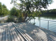 Aménagement et ouverture au public de cet espace boisé de 8ha à proximité de l'Eco-quartier du Val de Ris.