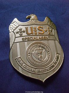 Badge NCIS -Navy CIS- by dynamicentry122, via Flickr