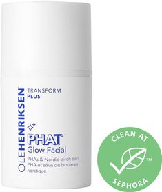 Shop Ole Henriksen's PHAT Glow Facial Mask™ at Sephora. An age-fighting face mask that works like a facial, with potent PHAs and Nordic birch sap to exfoliate, illuminate, and brighten skin. Oily Skin Care, Skin Care Regimen, Sephora, Charcoal Face Mask, Glow, Ole Henriksen, Dry Face, Moisturizer With Spf, Healthy Beauty