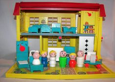 Hospital | 22 Awesome Fisher-Price Little People Playsets You Wish You Still Had