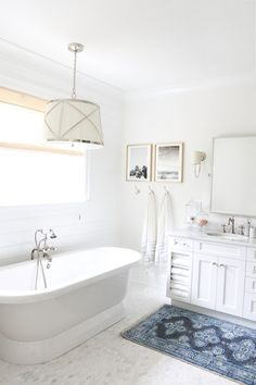 Pretty bathroom with Caitlin Wilson Rug