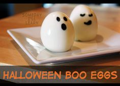 How to make ghost eggs, a cute and healthy snack for Halloween. These are really simple with just two ingredients: hard-boiled eggs and a Food Writer pen. Healthy Halloween Snacks, Halloween Appetizers, Healthy Treats, Halloween Desserts, Healthy Food, Halloween Boo, Halloween Treats, Halloween 2019, Halloween Dinner
