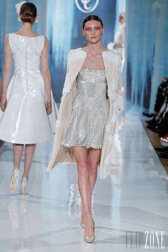 Valentin Yudashkin - Ready-to-Wear - Fall-winter 2013-2014 - http://www.flip-zone.net/fashion/ready-to-wear/independant-designers/valentin-yudashkin
