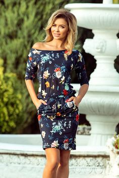 Sporty dress - colorful flowers on a dark blue background Vacation Dresses, Day Dresses, Dresses For Sale, Modern Outfits, Casual Outfits, Dark Blue Background, Pants For Women, Clothes For Women, Navy Blue Dresses
