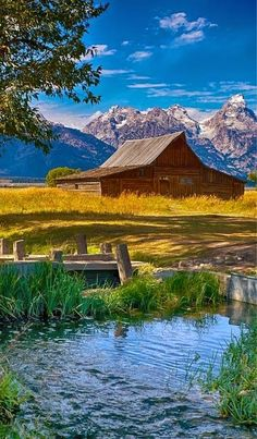 Mormon Row, Grand Teton National Park, Wyoming - Most Photographed Barn...