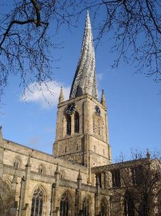 Parish Church of Our Lady & All Saints, Chesterfield, Derbyshire, England - century - famous twisted spire Chesterfield Derbyshire, City Of Derby, Tours Of England, Church Pictures, Church Of Our Lady, Castles In England, Live Picture, England And Scotland, Architecture