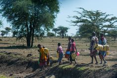 https://flic.kr/p/oJzHZD   Women and children walking for hours to get water   I shot this photo earlier this year while visiting rural Kenya. I'm running the 200 mile Hood to Coast run in Portland with Team World Vision! Support me by donating to fund clean water in South Sudan. Click here: teamworldvision.donordrive.com/participant/lundmark