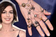 "Trend alert: ""slave bracelet"", a pulseira-anel de Anne Hathaway | Donna"