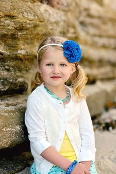 Accessorizing kids for portraits. Kids beach portraits. What to wear.