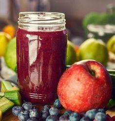 Recept na zdravé smoothie: Drákulova játra Juice Smoothie, Fruit Juice, Smoothies, Diet Recipes, Healthy Recipes, Dieta Detox, Juicing For Health, Nutribullet, Drinking