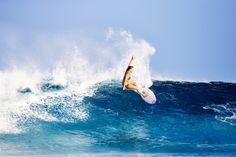 Bruna Schmitz carving her way through Indonesia #ROXYsurf