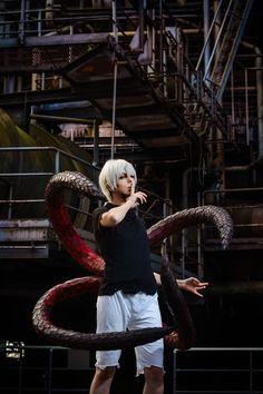 Tokyo Ghoul - Kaneki Kagune by ShamanRenji on DeviantArt Cosplay Anime, Epic Cosplay, Cosplay Diy, Cosplay Makeup, Amazing Cosplay, Cosplay Outfits, Halloween Cosplay, Cosplay Costumes, Cosplay Ideas