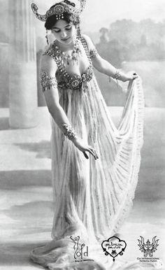 La exótica espía Mata Hari.