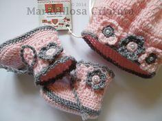Zapatos de bebé y gorro de bebé, en gris y rosa   de Maravillosa Criatura por DaWanda.com