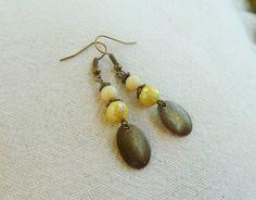 Boucles d'oreilles sequins en bronze et perles jaunes