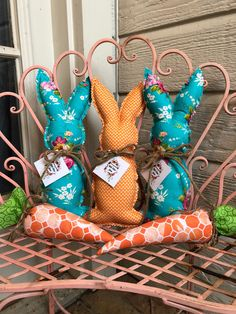 Spring Crafts, Holiday Crafts, Pet Christmas Stockings, Easter Fabric, Easter Crafts For Adults, Easter 2021, Easter Projects, Diy Easter Decorations, Bunny Crafts