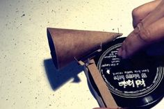 Musician Releases DIY Cardboard Record Player With His Latest Album [Video]