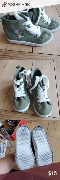 Carters Hummingbird High Tops Olive green with embroidered Hummingbird on outsi High Top Sneakers, Shoes Sneakers, Hummingbird, Olive Green, High Tops, Kids Shop, Fashion Design, Fashion Trends, Zipper