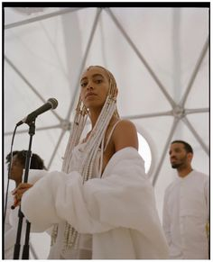 """My name is Jordan / NYC """"suddenly i felt the wind knocked out of me"""" Solange Knowles, Elegant Wedding Dress, Wedding Dresses, Hair Images, Female Singers, Dress Collection, Role Models, Style Icons, Natural Hair Styles"""