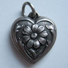 Vintage Sterling Puffy Heart Charm Daisy Frieda