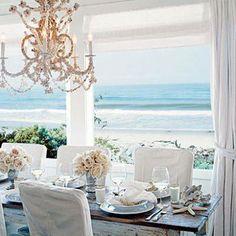 Allestire un Ricevimento Nozze sul Mare non è mai stato così facile.. e se anche Voi state organizzando il vostro Matrimonio in una location affacciata sul mare addirittura in spiaggia, questo post fa proprio al caso vostro!!! Tante idee per un'unico stile: quello Marino!!!