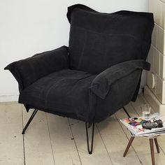 Cloudscape Chair, musta