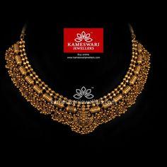Buy Necklaces Online   Boomi Gundumala Neckpiece from Kameswari Jewellers Jewelry Design Earrings, Gold Jewellery Design, Necklace Designs, Gold Jewelry, Gold Necklace, Necklace Set, Antique Jewelry, Antic Jewellery, Short Necklace