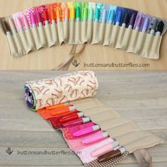 DIY Colored Pencil or Sharpie Roll Tutorial. This is in response to a question I received frompenguinmochahere.Tutorial from Buttons & Butterflies here. *I'd also suggest my Roundup of Roundups of Purses, Totes and every type of carrier in between here.