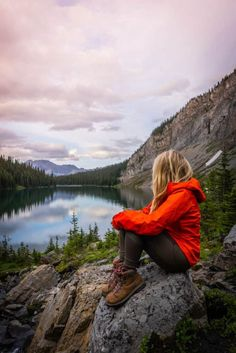 Camping And Hiking, Hiking Girl, Winter Hiking, Hiking Food, Hiking Gear Women, Hiking Trails, Hiking Boots For Women, Camping Gear, Kids Hiking