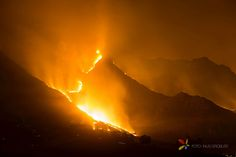 Photo's - Stellenbosch Mountain Fire March 2015 Qr Code Generator, Photo S, About Me Blog, March, Fire, Mountains, Sunset, Distance, Pictures