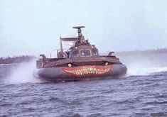 The Vietnam War - A pictorial Navy Special Forces, Brown Water Navy, Cool Boats, Fast Boats, Vietnam War Photos, Landing Craft, Maritime Museum, Navy Ships, Historical Pictures
