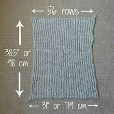 Tutorial for long sweater shrug & instructions for adding a ribbed collar. Easy Chunky Crochet Sweater - All About Ami This post was discovered by fo Beautiful, modern and cute crochet, amigurumi, and knit patterns by Stephanie Jessica Lau! Gilet Crochet, Crochet Shrug Pattern, Black Crochet Dress, Crochet Cardigan Pattern, Crochet Jacket, Crochet Shawl, Crochet Stitches, Knit Crochet, Crochet Sweaters