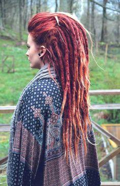 love her dreads Hippie Dreads, Dreadlocks Girl, Dread Braids, Hippie Hair, Locs, Box Braids, Hippie Style, Short Hair Dont Care, Rasta Hair