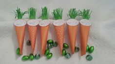 Easter carrots. Papercraft table favours filled with sweets.  Paper 4x6.
