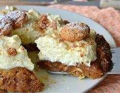 Torta morbida agli amaretti con crema pasticcera e ricotta deliziosa, profumata e golosa, una ricetta dolce davvero ottima, con tanta crema e ricotta