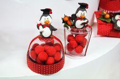 Scatoline in plastica con pinguino e #confetti.