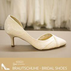 161a0006620447 Finde die perfekten Brautschuhe zu deinem Brautkleid bei uns im Laden!   schuhe  brautschuhe