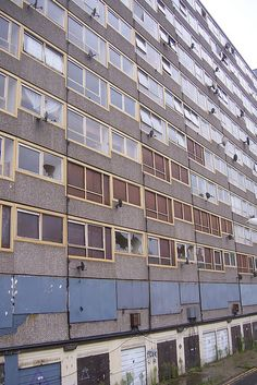 HEYGATE ESTATE | ELEPHANT & CASTLE | WALWORTH | SOUTHWARK | LONDON | ENGLAND: *Completed: 1974; Demolished: 2011-2014; Designed By: Tim Timker* Photo: sarflondondunc, via Flickr
