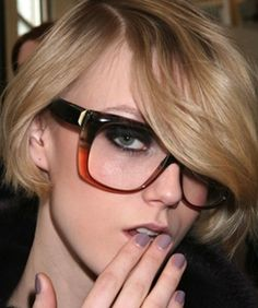 makeup for girls who wear glasses
