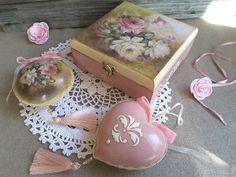 Купить Елочные игрушки в шкатулке Розовый Сад декупаж - новогодние игрушки, елочное украшение
