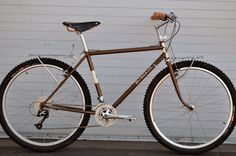 Rivendell doesn't make a lot of mountain bikes. It's a shame, because their work is gorgeous and road bikes aren't my style.