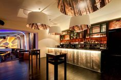 The Night Club Eskada Porto is a magnificent entertaining place located in Portugal, which was designed by AAMD. Visual Merchandising, Architrave, Interior Work, Amazing Decor, Bar Lounge, Design Furniture, Restaurant Design, Stores, Innovation Design