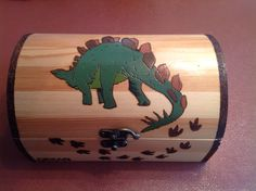 Stegosaurus treasure chest