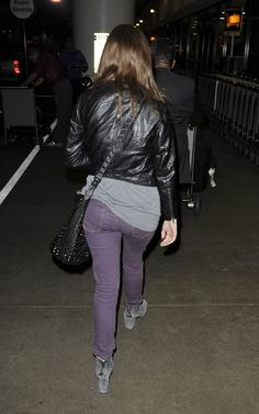anna kendrick ass photos | Oh No They Didn't! - Anna Kendrick and Edgar Wright arriving at LAX