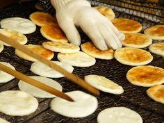 Japanese Street Food: Roasted Rice Crackers | Serious Eats